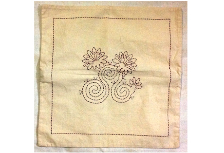 Cushion Cover of Cotton Fabrics with Hand Embroidery