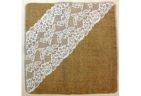 Cushion Cover of Natural Jute with White Lace for Wedding Event