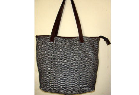 Ladies Shoulder Bag of Handloom Fabric