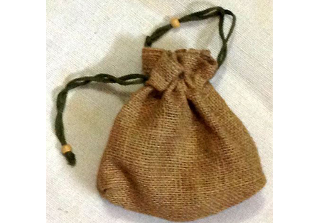 Pouch Bag of Jute with drawstring closer